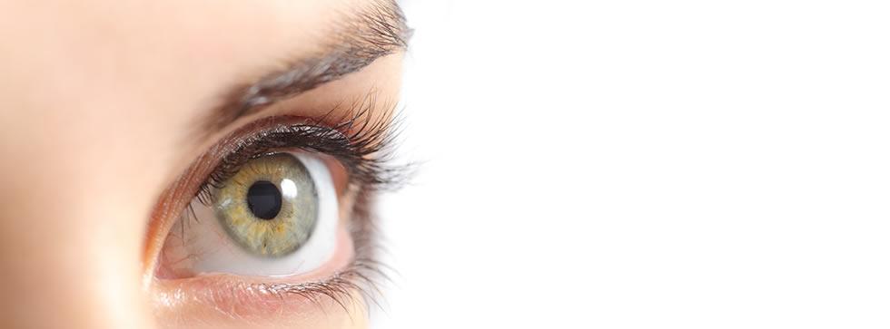 Guía de cuidados de las cejas, pestañas y uñas